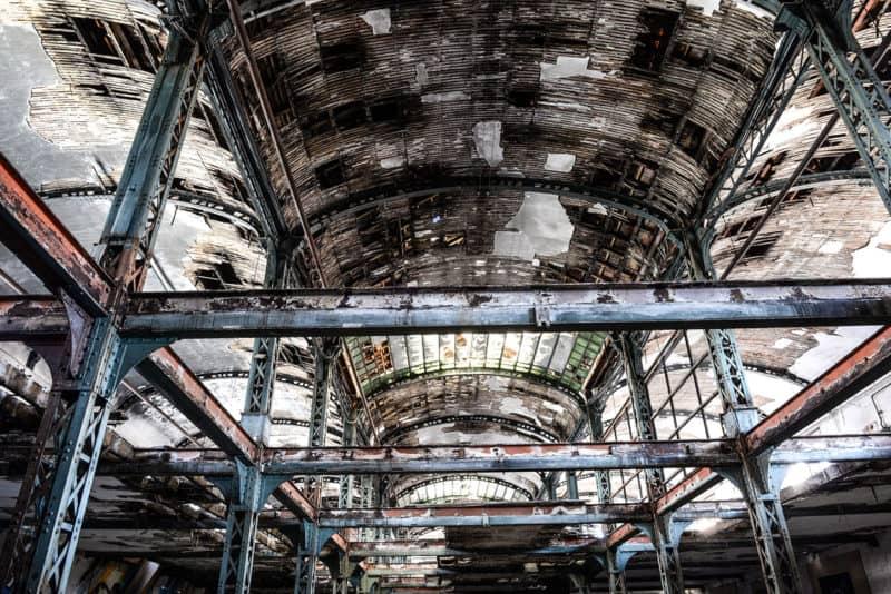 Le toit de l'usine Brusson à Villemur sur Tarn